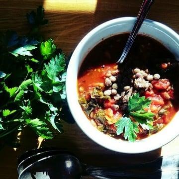 zupa z jarmuzem